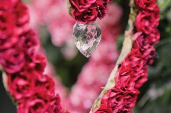 afrocardz-bespoke-stationery-johannesburg-wedding-decorations-heart-and-crystals-close-up
