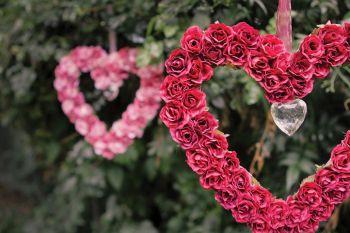 afrocardz-bespoke-stationery-johannesburg-wedding-decorations-heart-and-crystals